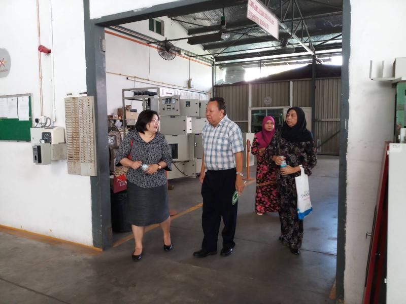 นางนภวรรณ โกละกะ อัครราชทูตที่ปรึกษา (ฝ่ายแรงงาน) ออกตรวจเยี่ยมผู้ใช้แรงงานไทยในบรูไน